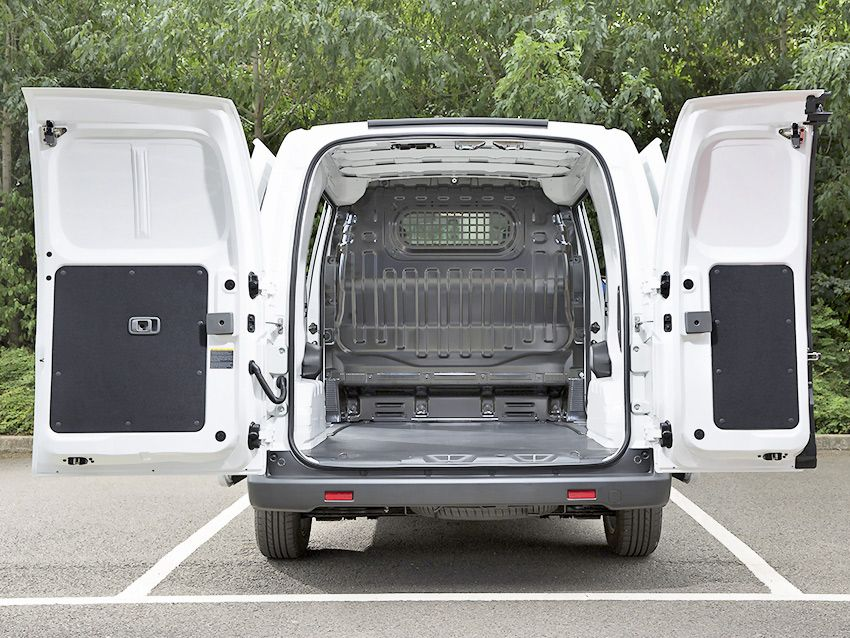 nissan_e-nv200_van_uk-spec_14.jpg
