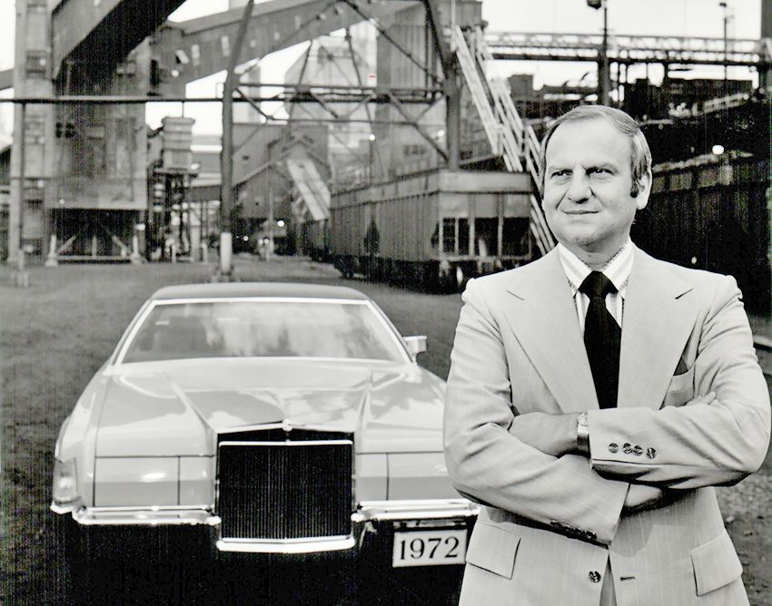 lincoln_continental_mark_iv_lee_iacocca.jpg