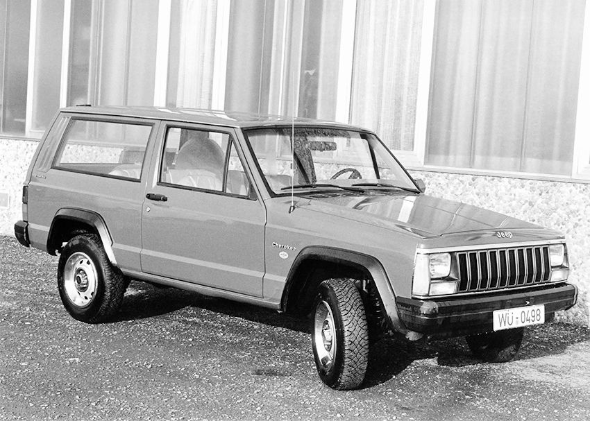 jeep_cherokee_2-door_1984.jpg
