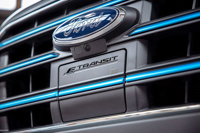 All-New_Ford_E-Transit_10.jpg