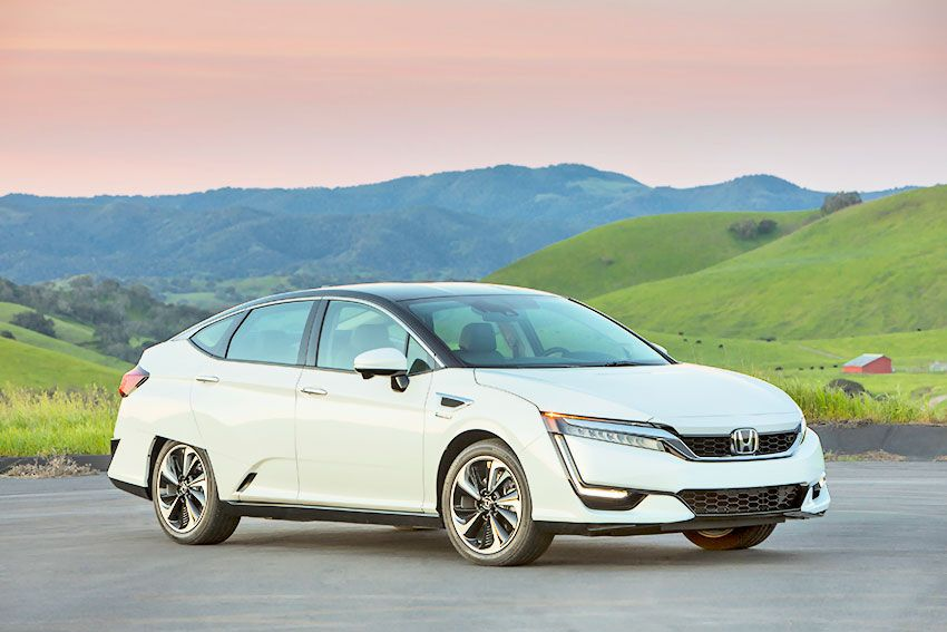 honda_clarity_fuel_cell_75.jpg